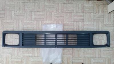 Решетка радиатора Mercedes 207-410 (601/602), 77-96